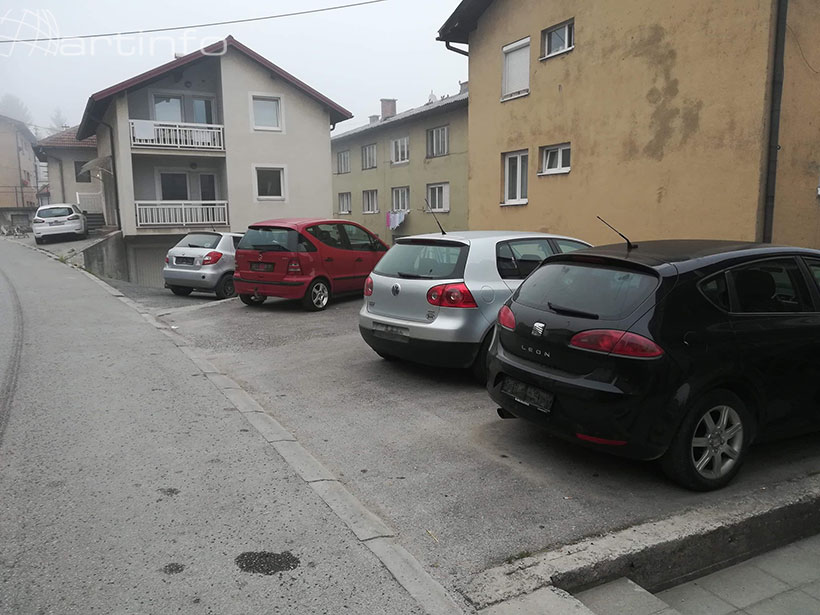 auti parking tablice